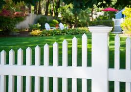 Beautiful Pvc Vinyl Classic White Picket Fence From Illusions Vinyl Fence Traditional Landscape New York By Illusions Vinyl Fence