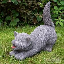 onefold tail up cat stone garden statue