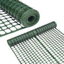 Amazon Com Abba Patio Snow Fence 4 X 100 Feet Plastic Safety Fence Roll Temporary Poultry Fencing Mesh Economy Construction Fencing For Deer Lawn Rabbits Chicken Poultry Dogs Green Garden