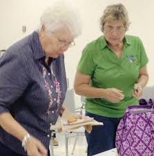 Extension agents present seafood in a new light | Gulf Breeze News