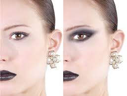 apply makeup in photo