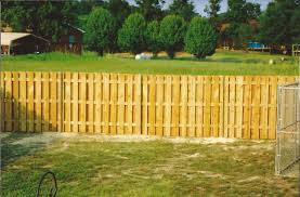 Wood Shadowbox Fencing By B M Fencing Wood Privacy Fence Wood Fence Aluminum Fence