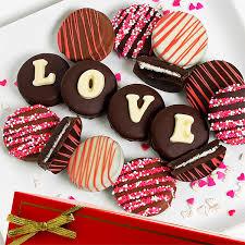 love oreo cookies by strawberries