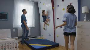 How To Easily Transform Your Child S Bedroom Into A Climbing Gym Youtube