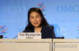 LEAD) Seoul's trade minister among 2 finalists in race for new WTO chief:  report | Yonhap News Agency