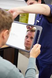 the best hair transplant doctors in the
