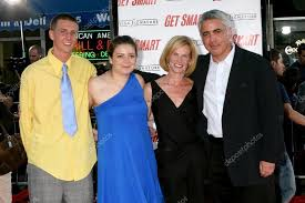 Adam Arkin and Family – Stock Editorial Photo © Jean_Nelson #13079285