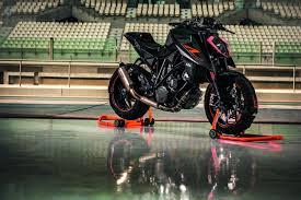motorcycle ktm 1290 super duke ktm