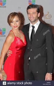 Satcha Pretto, Aaron Butler Premio Lo Nuestro a La Musica Latina at Stock  Photo - Alamy