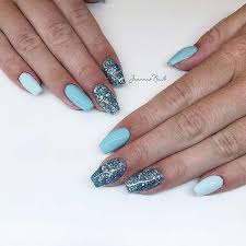 cly ways to wear short coffin nails