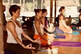 yoga teacher in sri lanka 2020