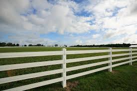 Pasture With White Flex Fence From Ramm Flex Fence Fenci Flickr