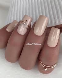 Pin by Addie Beck on Маникюр на каждый день in 2020   Square nail designs,  Short square nails, Pretty nail designs