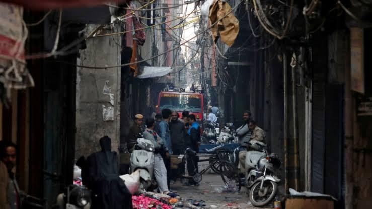 "Image result for delhi fire anaj mandi"""