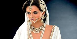 the essentials of indian bridal jewelry