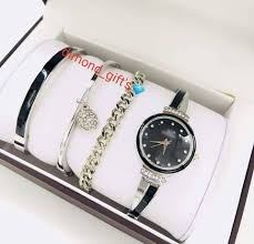 هدايا و ساعات Gifts Watches Posts Facebook