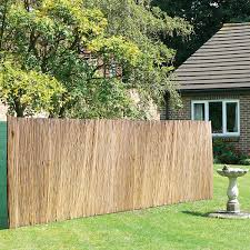 Urbnliving Bamboo Reed Slat Screening Garden Privacy Fencing Outside Panel Rolls 2 Sizes 500 X 150cm Amazon Co Uk Garden Outdoors