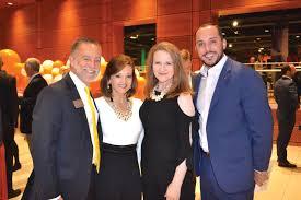 _Dan-&-Ellen-Williams,-Anita-Smith,-Joel-Blansett - Inviting Arkansas