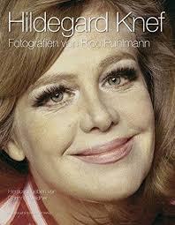 Hildegard Knef - Fotografien von Rico Puhlmann by Corinna Weidner; Rico  Puhlmann: Weidner, Corinna (Herausgeber):30 cm.: 9783896026620: Amazon.com:  Books