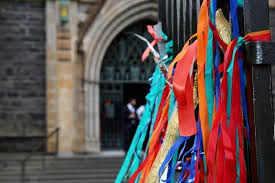 Ribbons Tied To The Fence Outside St Patrick S Cathedral Abc News Australian Broadcasting Corporation