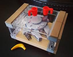 millenium falcon banana for scale 9gag