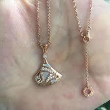 bvlgari divas dream necklace18k gold