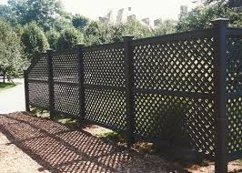25 Creatively Beautiful Lattice Fence Ideas For Your Backyard