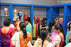 rumor boutique launch at road no 45