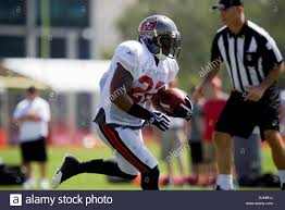 Tampa Buccaneer RB Clifton Smith (#22) running through drills during Stock  Photo: 63083822 - Alamy