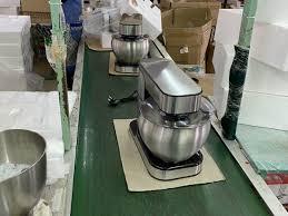 Máy nhồi bột kiêm đánh trứng UNIE M5 - META.vn
