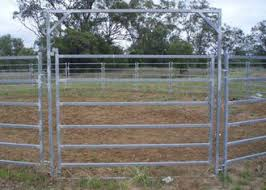 Australia Standard 6 Rail Steel Cattle Fence 40x80 Oval Rail Metal Livestock Fence Panels