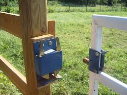 Barn Design My Favorite Gate Latch Horse Ideology