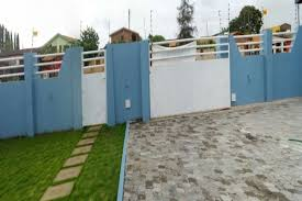 3 Bedroom House For Sale In Community 18 Houses For Sale Houses For Rent In Ghana