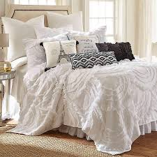 allie scalloped white ruffled quilt set