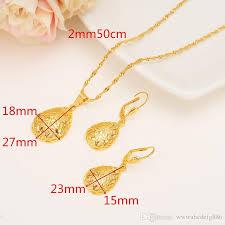 pendant necklace earrings set