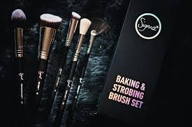 sigma beauty baking and strobing brush set