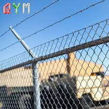 China Bto 22 Razor Wire Welded Wire Mesh Airport Safety Fence China Airport Fence Fence Panel