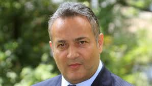 Claudio Brachino lascia Mediaset dopo 32 anni