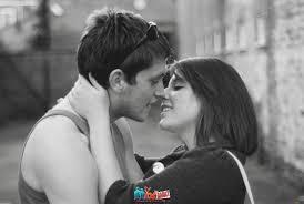 صور بوس 2020 أجمل صور قبلات رومانسية معبرة عن الحب 2021