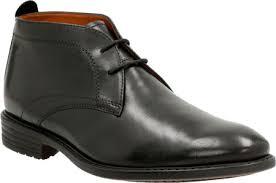 clarks garvan mid chukka boot black