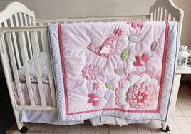 whole applique baby crib quilts in