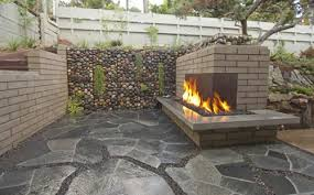 outdoor fireplace size and scale