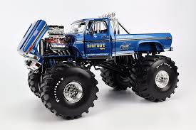 Review Greenlight Bigfoot 1 Ford F 250 Monster Truck W 66 Tires Diecastsociety Com