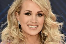 carrie underwood shares makeup free
