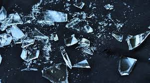 broken glass meaning and superstition