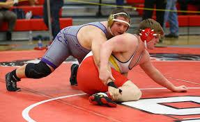 Oak Harbor sends 5 to regional / Boys wrestling | Whidbey News-Times