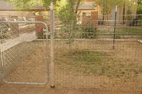 Cheap Easy Dog Run To Build Building A Dog Kennel Diy Dog Run Diy Dog Kennel