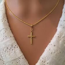 cross pendant necklace petite gold