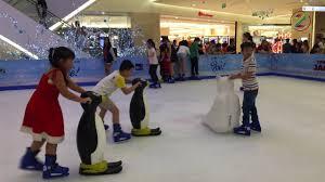 Chơi trượt băng ở Saigon Centre trung tâm Quận 1 ❄ tại Tp Hồ Chí ...