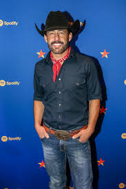Aaron Watson - Aaron Watson Photos - Spotify House At CMA Fest - Day 3 -  Zimbio